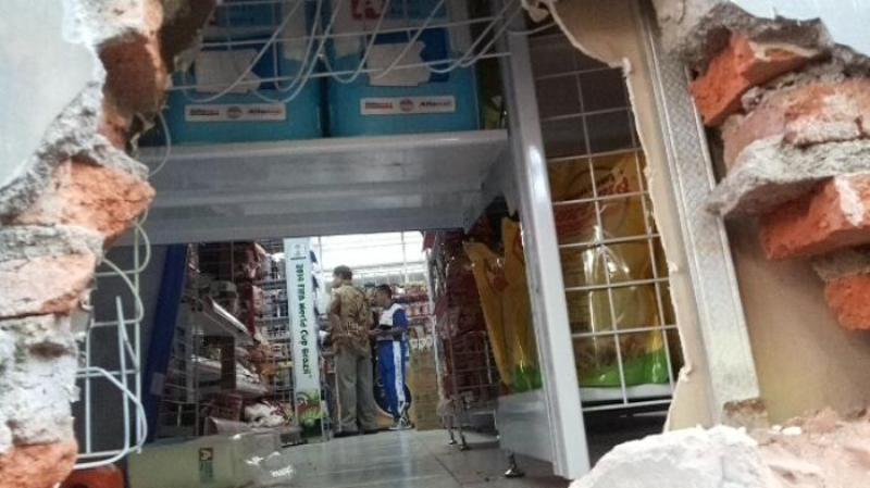 perizinan waralaba alfamart dan indomaret disoal di Kabupaten Merangin