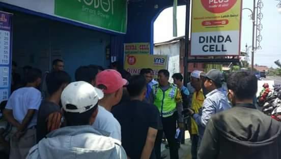 Sopir angkot bentrok dengan Driver Grab di Jalan KZ Abidin, Ratu Samban, Kota Bengkulu, Sabtu (11/8/2018).