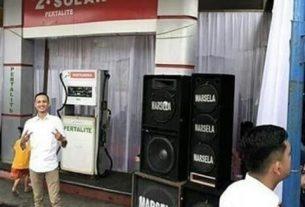 Alamak, acara pernikahan viral ini digelar di SPBU. Menjadi perhatian, netizen sebut souvenirnya bensin 5 liter
