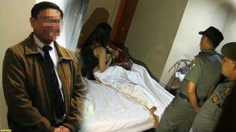 Calon anggota legislatif (caleg) dari Partai Berkarya daerah pemilihan (dapil) Kabupaten Bantul berinisial RH (43) digerebek tengah berduaan dengan seorang wanita bukan istrinya di indekos daerah Condongcatur, Depok, Sleman