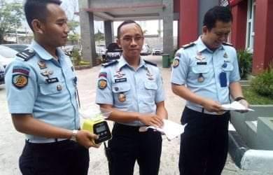 Pengunjung Lapas Ini Diamankan Polisi