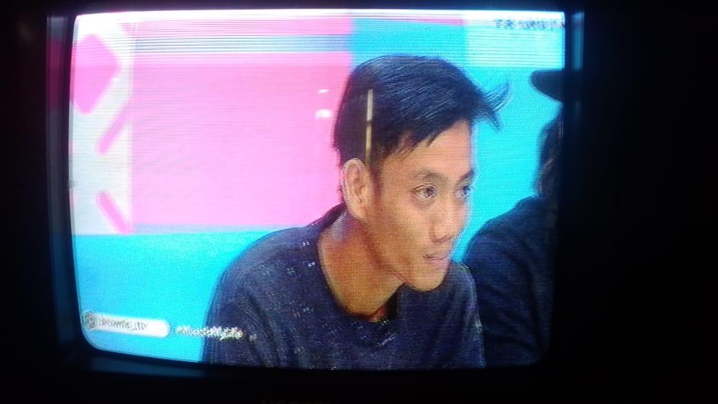 Video Lucky, buruh bangunan asal Jambi diundang ke TV Nasional. Ia hadir di acara yang dibawakan Ayu Ting Ting dan Iis Dahlia dalam acara Brownis, Kamis (23/5/19).