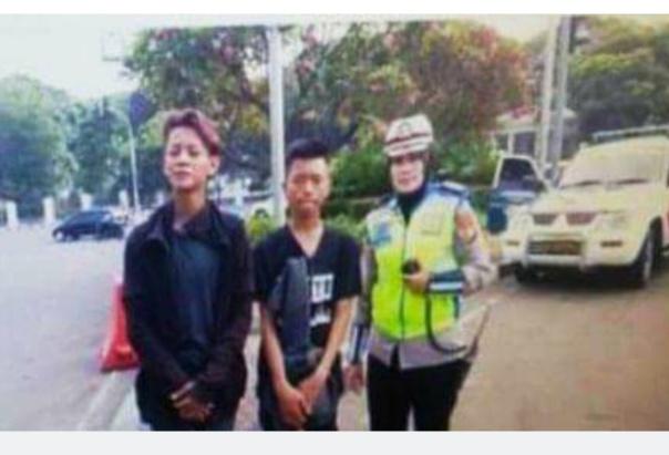 Remaja asal Limbur Merangin, Kecamatan Pamenang, Kabupaten Merangin ini akhirnya ditemukan, Kamis (04/07/2019). Ia ditemukan dalam keadaan lemas.