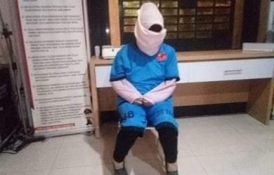 Kapolres Sukabumi AKBP Nasriadi, saat dihubungi, Selasa (27/8) mengungkapkan pembunuhan sadis dengan bayaran Rp 130 juta. Foto : tersangka AK