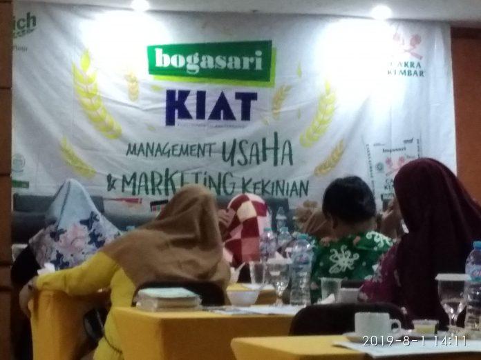 PT Indofood Sukses Makmur TBK, mengelar seminar Era Digital, Kamis (1/8/2019) di Grand Hotel, Kota Jambi, Provinsi Jambi. Foto : DinamikaJambi.com