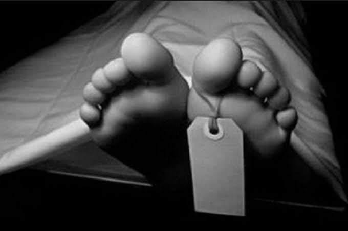 Martini, warga Desa Rantau Bayur, Muaro Siau meninggal karena jalan tak bisa dilewati mobil. Ibu di Merangin ini meninggal usai melahirkan.