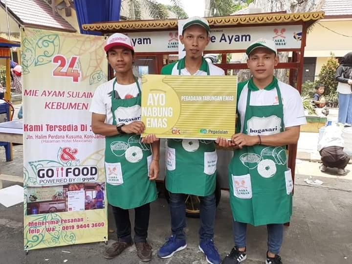 Intip 'Dapur' Sang Juara Festival Angso Duo 2019 Mie Ayam Sulaiman. Ia menjadi juara lomba yang dibuka Walikota Jambi, Sabtu 9 November 2019