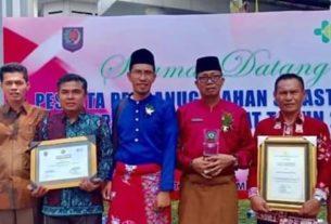 Pemerintah Kota Sungaipenuh menerima Penghargaan Swasti Saba kategori Padapa dari Kementerian Dalam Negeri RI dan Kementerian Kesehatan RI.