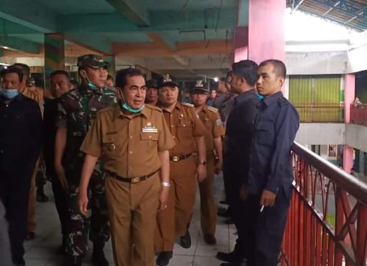 Berantas Pekat, Wako AJB Pimpin Penertiban Lantai 3 Kincay Plaza