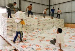 Bulog Sediakan Ratusan Ton Beras Untuk 2 Kabupaten