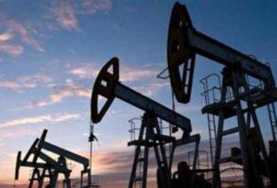 Setelah sempat meroket, harga minyak dunia turun mengikuti meredanya konflik Iran-AS. Foto : Ilustrasi,net