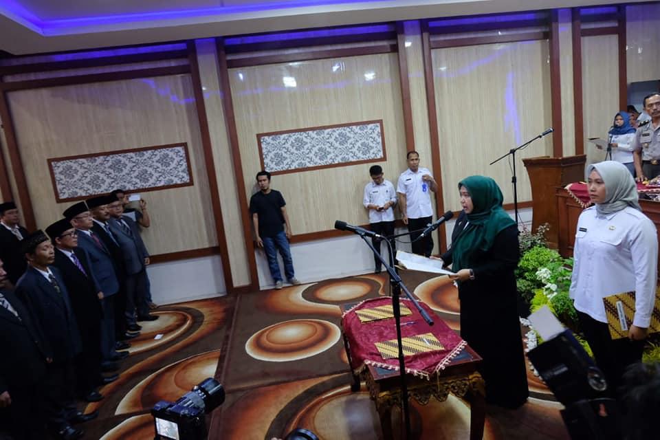Bertempat di Ruang Pola Rumah Dinas Bupati, Rabu (08/01/2020) 111 Pejabat Muaro Jambi dilantik