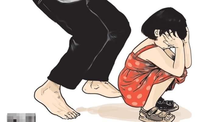 Imingi baju dan sandal baru, seorang kakek di Merangin nekat cabuli cucunya. 3 kali perbuatan tersebut, membuat kakek dijemput polisi.