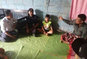 Karlan LPKNI dan Camat Pamenang Barat Jenguk Eka Dani Penderita Kanker Stadium IV, Rabu (12/02/2020)