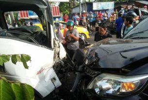 Kecelakaan beruntun di Simpang Rimbo, Minggu (02/02/20) melibatkan 6 kendaraan dan mewaskan Nabila, warga Desa Pematang Gajah.