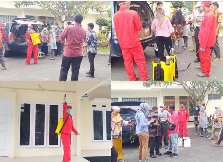Rumah Dinas Wakil Gubernur Jambi Disemprot