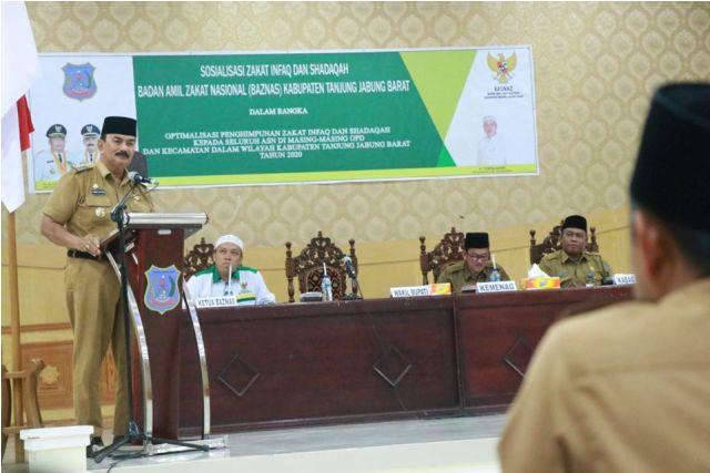 Mitra pemerintah entaskan kemiskinan Wabup himbau ASN di lingkup Kabupaten Tanjung Jabung Barat, untuk menyalurkan zakatnya melalui Baznas.