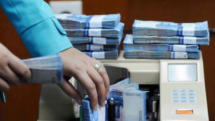 Dampak Virus Corona, OJK catat restrukturisasi perbankan lebih 1 juta nasabah. Kredit tersebut dengan nilai Rp 207,2 triliun.