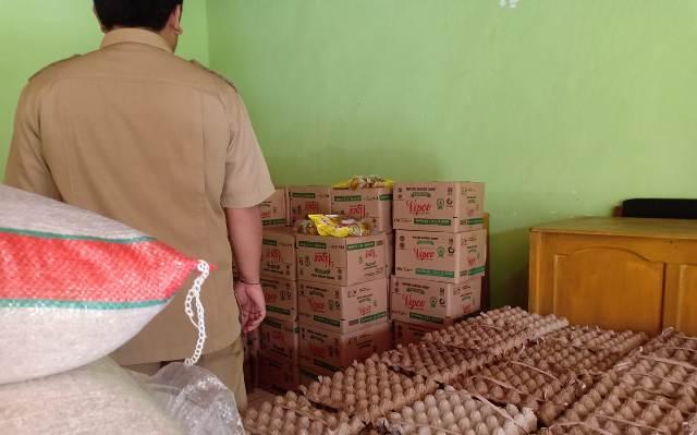 MERANGIN – 30 bantuan penanggulangan Covid-19 tumpang tindih, 2 RT di Kelurahan Pematang Kandis tak dapat gelontoran bantuan sosial.
