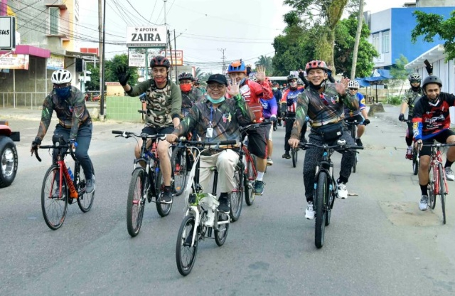 Lepas Sepeda Santai Gowes Hari Bhayangkara, Ini Kata Gubernur