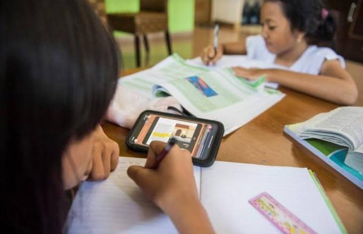 100 Persen Dana Bos, Buat Beli Kuota Internet Belajar di Rumah