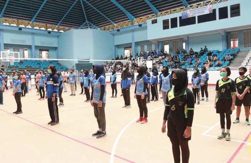 Buka kejuaraan atau lomba Bola Voli Gubernur Cup U-19, Sabtu (5/9/20) Fachrori harapkan bibit atlet dan kontribusi bagi olahraga Jambi.