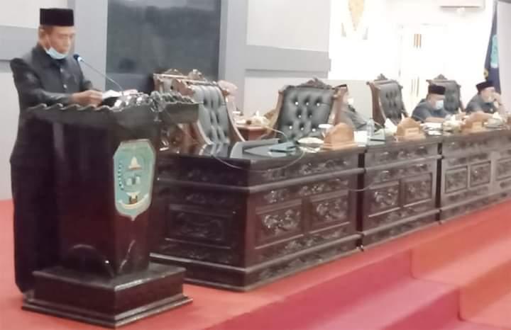 Jawaban Pemerintah Disampaikan Wabup Merangin di Paripurna