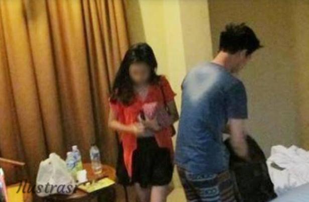 Asyik Berduaan di Kamar Hotel, Oknum PNS Ini Digrebek Suami