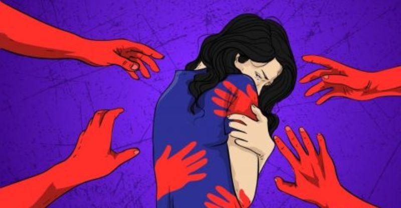 Seorang tukang bakso yang dikira mau kenalan dengan salah satu pelanggan wanita, ternayata malah remas dada wanita tersebut.