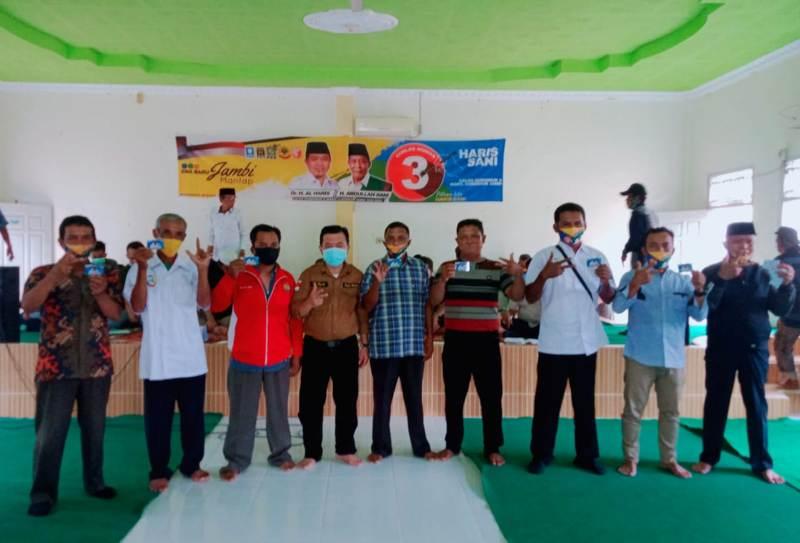 Al Haris. Bersilaturahmi dengan tokoh masyarakat Sungai Bahar, untuk mendengar keluhan masyarakat terkait replanting sawit.