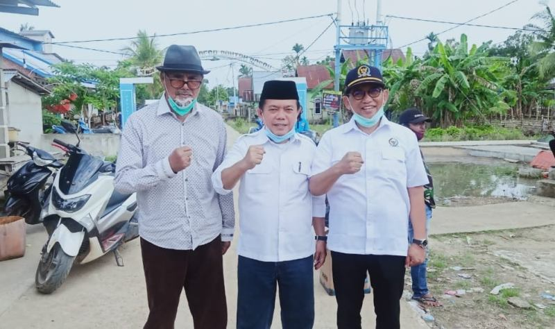 Peringatan, anggota DPRD dari PAN tak dukung Haris Sani, awas sanksi PAW.Partai Amanat Nasional menargetkan menang besar untuk pemilihan gubernur 2020