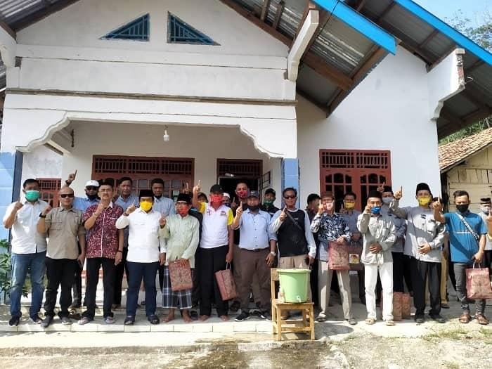BERITA PILGUB - Tim Koalisi Ce-Ratu yang dikomandoi oleh Tontawi Jauhari Sabtu (31/10) bersama Syahrial Gunawan gempur Kecamatan Singkut.