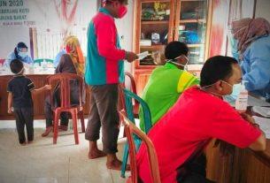 142 petugas KPPS di Kabupaten Tanjabbar di nyatakan Reaktif.Hal ini di sampaikan oleh Kepala Dinas Kesehatan Kabupaten Tanjabbar,