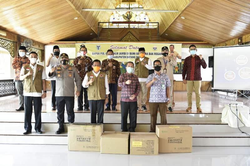 Rakor Pilkada Serentak Tahun 2020 dan Penanganan Covid-19, yang berlangsung di Pendopo Rumah Dinas Bupati Batanghari,