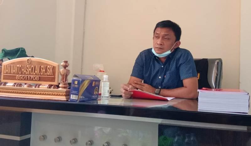 Pihak Kepolisian Polres Tanjabbar masih terus melakukan upaya penangkapan terhadap 3 orang yang dinyatakan sebagai DPO alias buron.