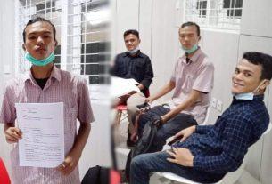 Juanson Ambarita, mahasiswa Universitas Jambi tak terima dirinya dituduh sebagai pelaku, dalam aksi unjuk rasa Tolak Omnibus Law waktu lalu. Kepolisian Polda Jambi dilaporkan ke Kementerian Hukum dan HAM Provinsi Jambi, Senin (02/11/2020).