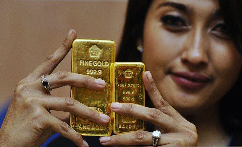 Bagi yang ingin memulai investasi di bidang emas, ada baiknya anda mulai rajin untuk menlihat perkembangan harga emas di mulai pada hari ini.