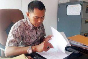 Komisi Pemilihan Umum atau KPU Kabupaten Tanjung Jabung Barat, telah membuka pendaftaran dan rekrut petugas Kelompok Panitia Pemungutan Suara, KPPS sebanyak 4.690 orang.