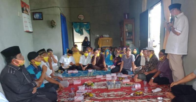 Warga pelayang begitu antusias menyambut silaturahmi yang dilakukan oleh, Cek Endra. Setelah lama menanti, warga Desa Pelayang