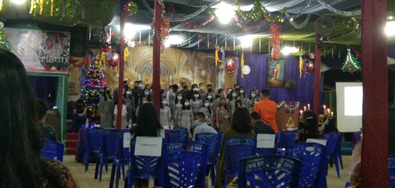 """Di tengah suasana pandemi Covid 19 UKM-KK Universitas Jambi Rayakan Natal Civitas Akademika Unja Dengan Tema """"Hope, Faith, And Love"""""""
