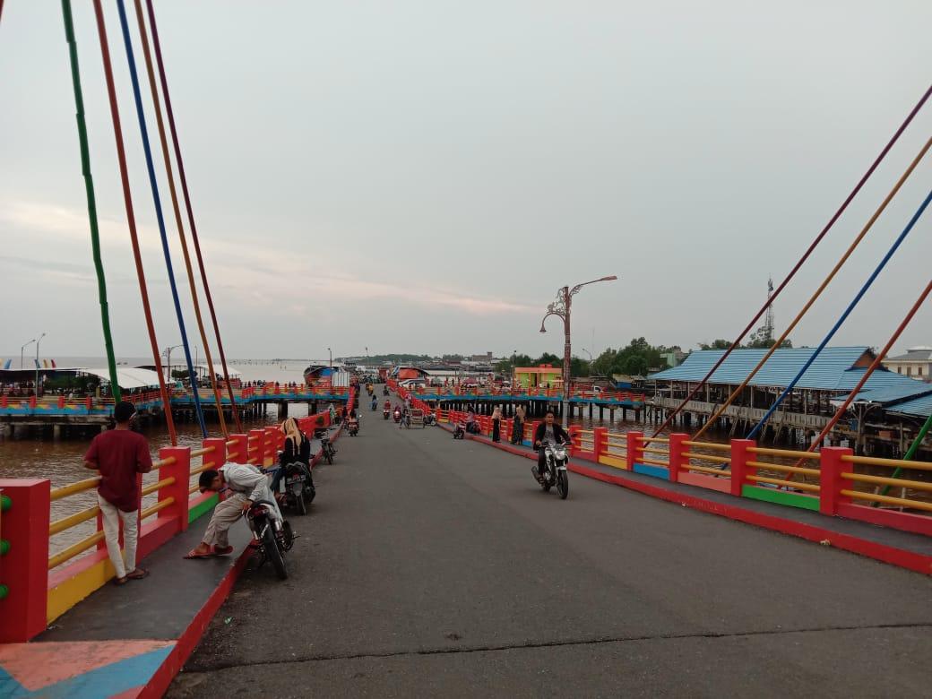 Jelang tahun baru 2021, Pemerintah Kabupaten Tanjung Jabung Barat (Tanjabbar) resmi memberikan surat edaran untuk melakukan penutupan di sejumlah kawasan objek wisata dan tempat hiburan.