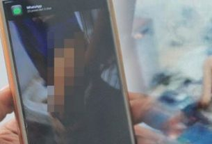 Baru-baru ini, jagat maya kembali di hebohkan dengan video porno, yang viral di Medsos. Penonton bilang, wanitanya telanjang.