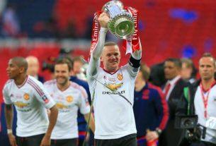 Pengerang tajam asal Negara Inggris Wayne Rooney secara resmi gantung sepatu, atau pension menjadi seorang pemain. Lalu, apa saja prestasi yang di perolehnya, sepanjang karirnya memulai sepak bola ?
