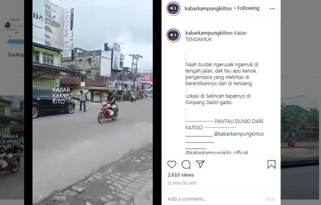 Video seorang pria di Kota Jambi mengamuk di tengah jalan beredar di media sosial. Tak hanya itu saja, pria yang ini mengehntikan pengendara.