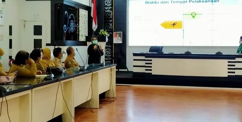 Wakil Walikota Jambi H Maulana, memimpin rapat Persiapan Pencanangan Vaksin Covid-19 di Kota Jambi. Rapat ini di laksanakan di Aula Bappeda Kota Jambi, Senin (11/01/2021) pagi.