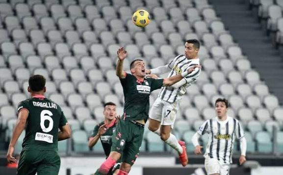 Perubahan terjadi di Daftar Top skor liga Italia pekan ini, di mana pemain Megabintang Juventus Cristiano Ronaldo, berhasil menggeser Romelu Lukaku di peringkat teratas saat ini.