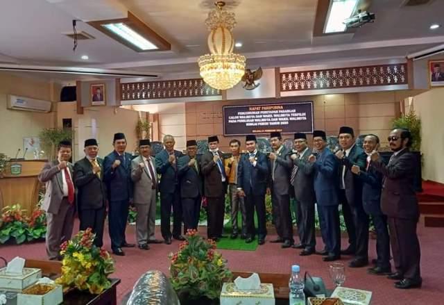 DPRD Kota Sungai Penuh menggelar Rapat Paripurna, dalam rangka penetapan paslon Walikota dan Wakil Walikota (Wawako), Selasa (23/02/2021).