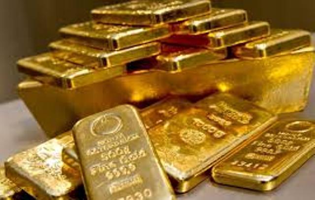 Beberapa waktu sempat stagnan,namun tak menunggu lama harga emas kembali terpantau bergerak menurun kebawah alias melemah hari ini, Rabu (17/02/2021).