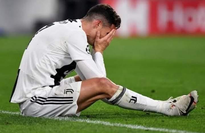 Anak asuh Andre Pirlo, harus menelan pil pahit di ajang sepakbola tertinggi di Eropa, nasib Juve di Liga Champions berujung pilu. Langkah Ronaldo CS terhenti di babak 16 besar, udah tumbang dari Porto dengan agregat 4-4.