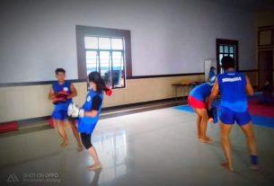 Giat gelar latihan jelang Kejurnas di Kota Kendari Sulawesi Tenggara nanti, Selasa (16/03/2021) Atlet Muay Thai Jambi siap bertarung mengharumkan nama Provinsi Jambi, di ajang kompetisi se Indonesia itu.